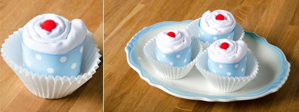 DIY Baby Shower Series: Baby Bodysuit Cupcakes